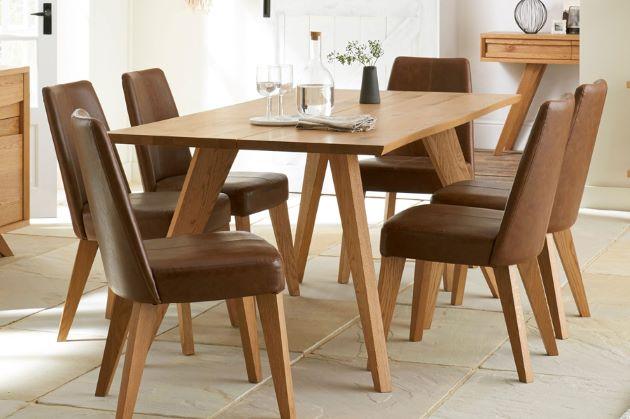 bàn ăn gỗ sồi phong cách hiện đại